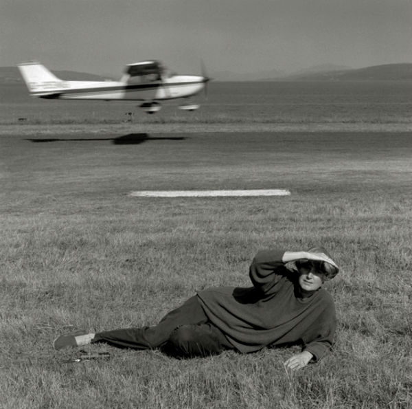 Patricia + Angus Macdonald (Angus flying), Mull, Robin Gillanders